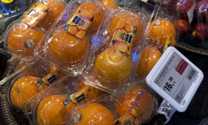 Oranges from the United States are on sale at a supermarket in Beijing.