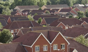Halifax reports a 2.6% house price growth on the three months to March.