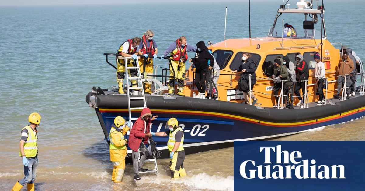 'I am in the same boat': anger and empathy greets Dungeness migrant arrivals