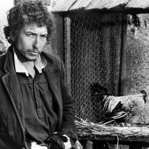 Bob Dylan (and doomed chicken) in Pat Garrett and Billy the Kid