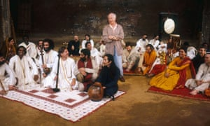 Peter Brook directing Mahabharata in the Bouffes du Nord, 1987.