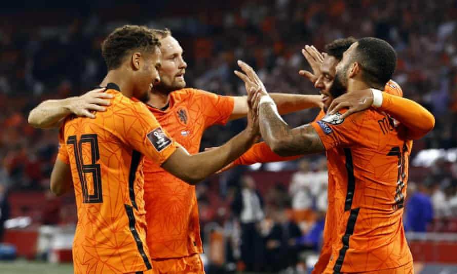 Devyne Rensch, Daley Blind, Donyell Malen and Memphis Depay celebrate the Netherlands going 6-0 up against Turkey on 7 September
