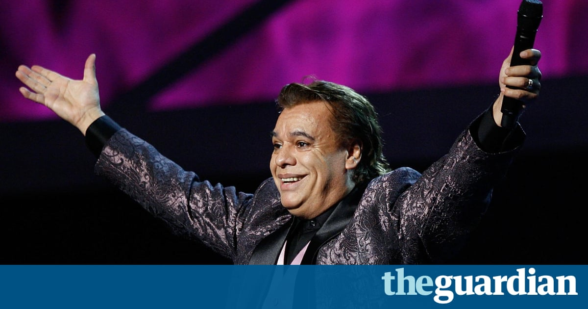 Juan Gabriel, legendary Mexican singer-songwriter, dies ...