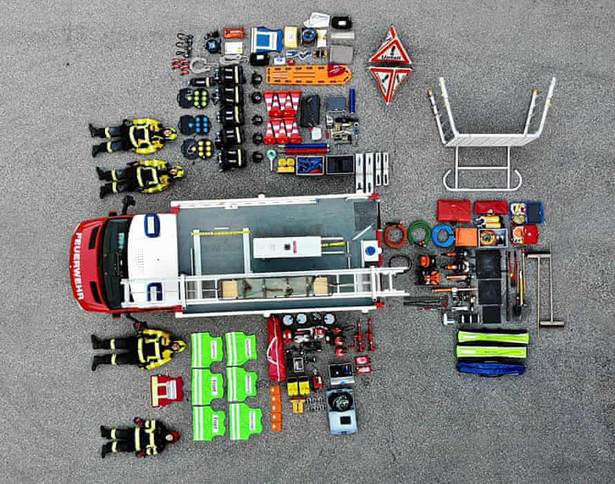 Feuerwehr Thusis fire brigade take up the Tetris Challenge and layout all the content of their emergency vehicle. Here is what's inside a Swiss fire truck.