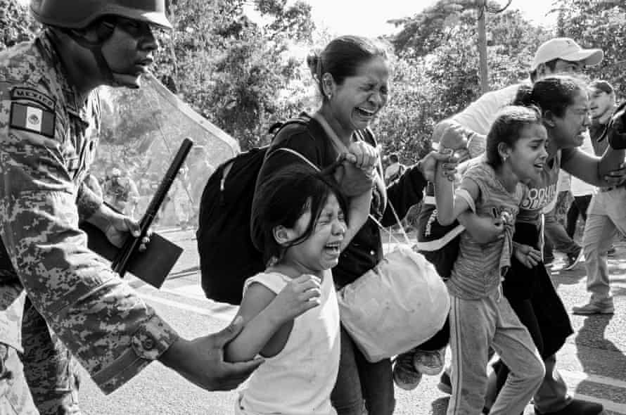 Upon arriving at the Mexican-Guatemalan border, about 800 people managed to cross into Mexico and walked several miles to Frontera Hidalgo. Hundreds of troops descended on the caravan and forcibly herded people on to buses using teargas and riot shields. Women and children were caught in the chaos; many suffered chemical burns and other serious injuries