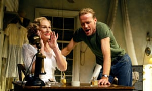 Close as Blanche DuBois with Iain Glen as Stanley Kowalski in A Streetcar Named Desire