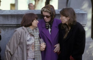 L-R: Varda, Catherine Deneuve and Jane Birkin at the funeral of Jacques Demy in Montparnasse, Paris in 1990