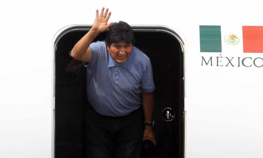 Evo Morales arrives in Mexico after receiving political asylum