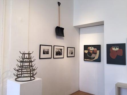 Duchamp works including In Advance of the Broken Arm (a shovel) and the Bottle Rack (also called Bottle Dryer or Hedgehog).