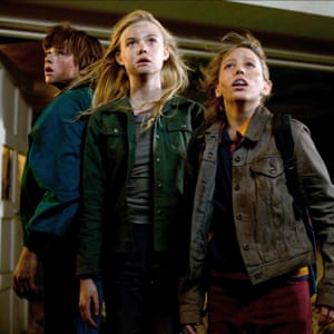 Fanning with Ryan Lee and Gabriel Basso in 2011's Super 8