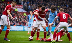 David Silva causes problems for the Middlesbrough defence.