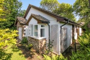 fantasy bungalows - Chillington, South Devon