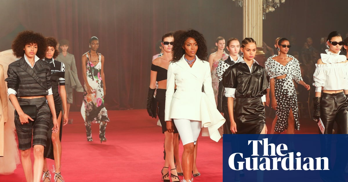 34e8b7acfe3 Paris fashion week spring summer 2018  the key shows – in pictures ...