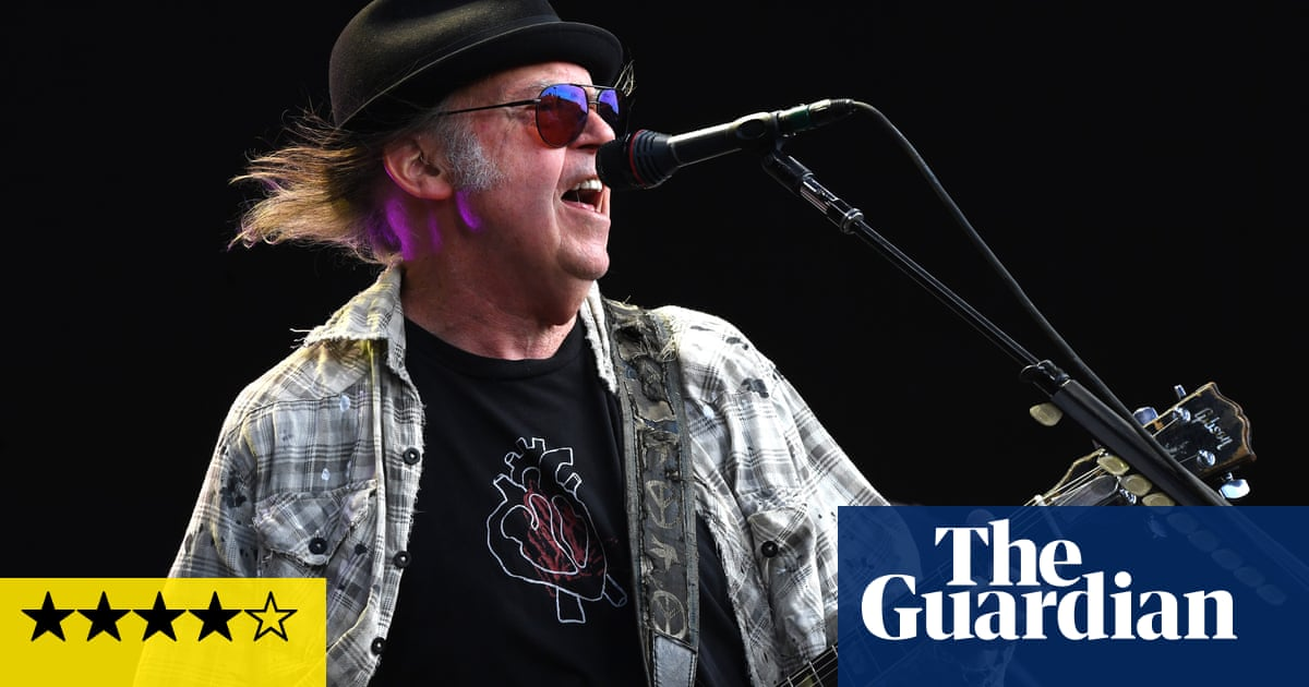 Neil Young and Crazy Horse: Colorado review – echoes of Ragged Glory