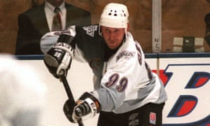 Wayne Gretzky wore this, and that's just wrong.
