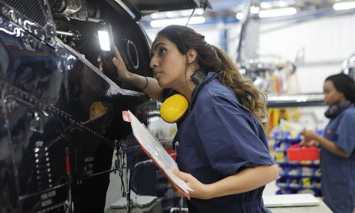 How Changing Attitudes Are Closing The Gender Gap In Engineering Engineering The Guardian