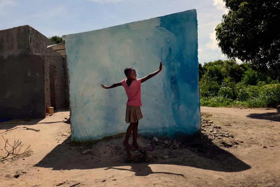 Elsa, 7, Mozambique