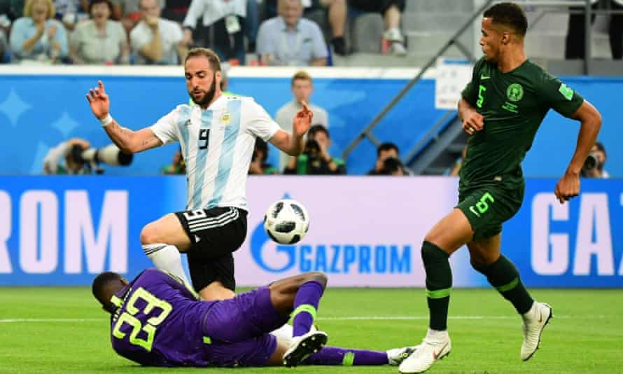 Gonzalo Higuaín has a shot saved during the World Cup win over Nigeria – his final appearance for Argentina.