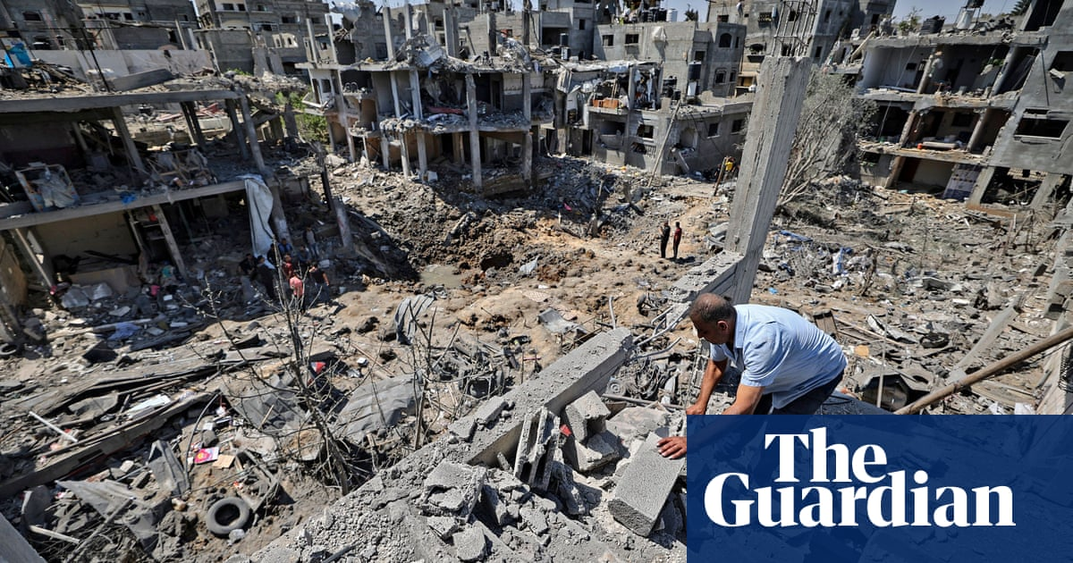 'They know they're going to die': Australians fear for their relatives in Gaza as fighting escalates