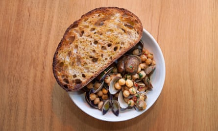 'Butched up with 'nduja': clams with chickpeas.