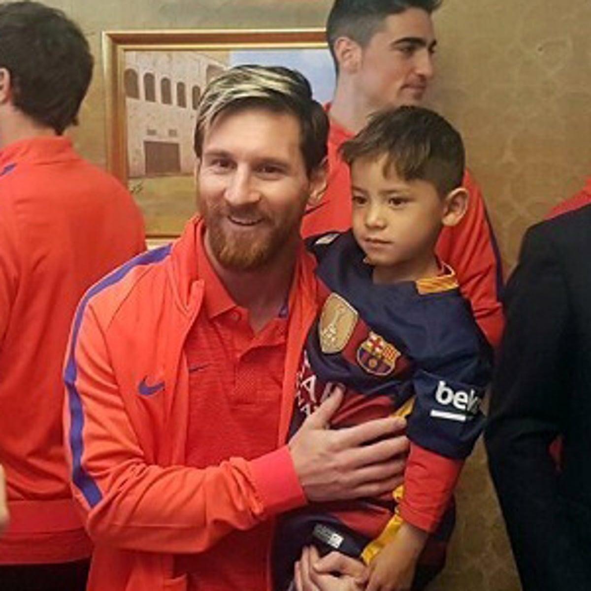 Afghan Boy Who Had Plastic Bag Messi Shirt Meets His Idol Football The Guardian