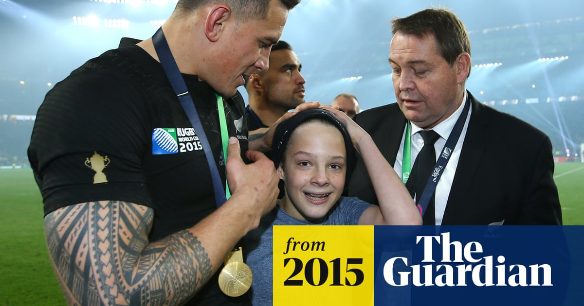 Sonny Bill Williams' medal giveaway: unlikely gesture from All