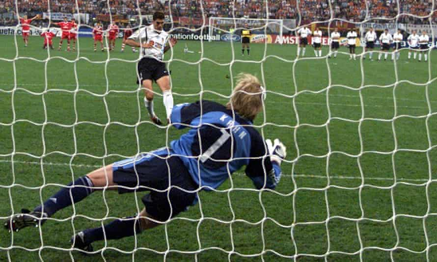 Mauricio Pellegrino, playing for Valencia, has his penalty saved by Oliver Kahn in the shootout of the 2001 Champions League final to give Bayern Munich the title.