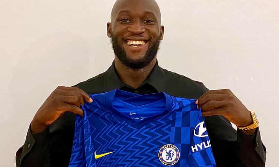 Romelu Lukaku becomes Chelsea's record signing.