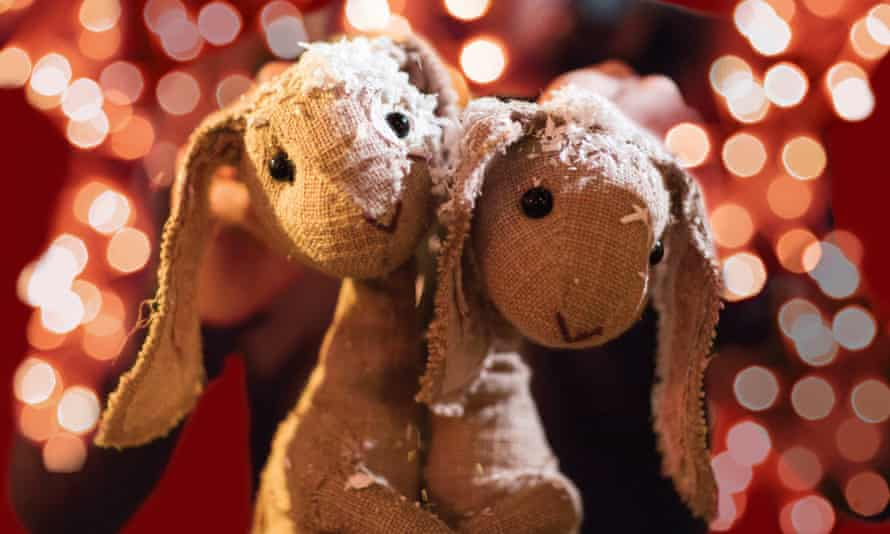 The puppets are the stars … in Percy the Park Keeper's Winter Park