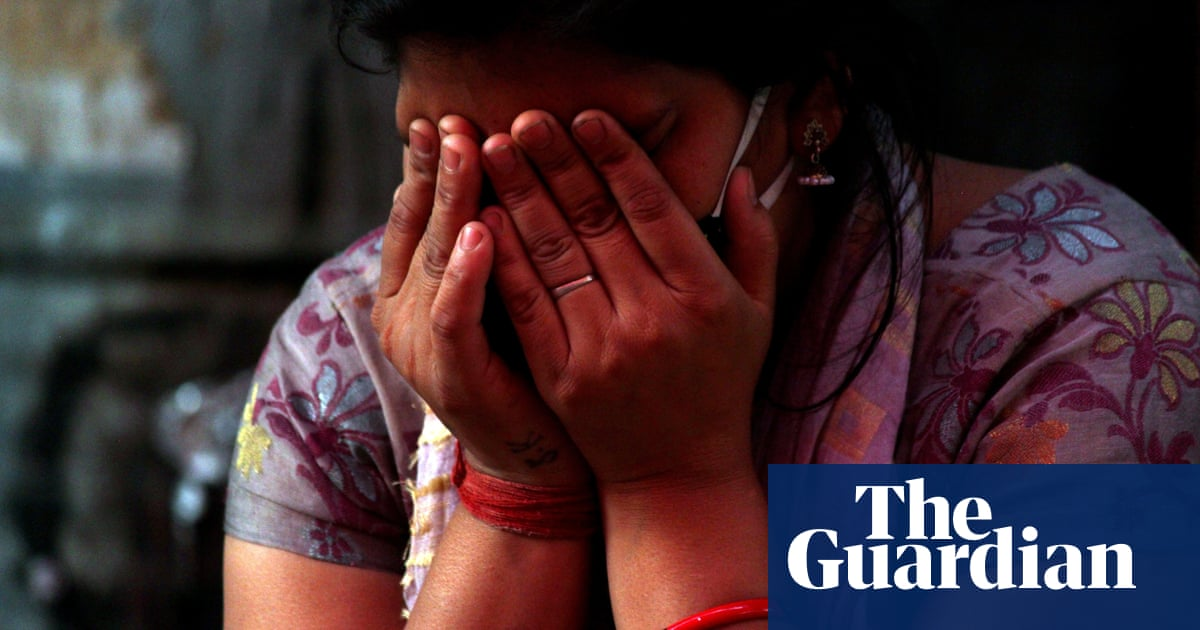 US advises citizens to leave India 'as soon as it is safe' as Covid cases reach new record