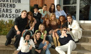 Back row, right, in Degrassi: The Next Generation.