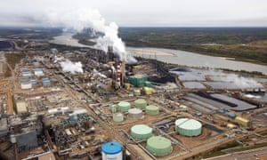 The Suncor tar sands processing plant near Fort McMurray, Alberta. Exploiting the province's fossil fuel reserves is a key issue in Canada's election.