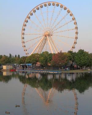 La Grande Roue – Montreal's 60-metre-high observation wheel
