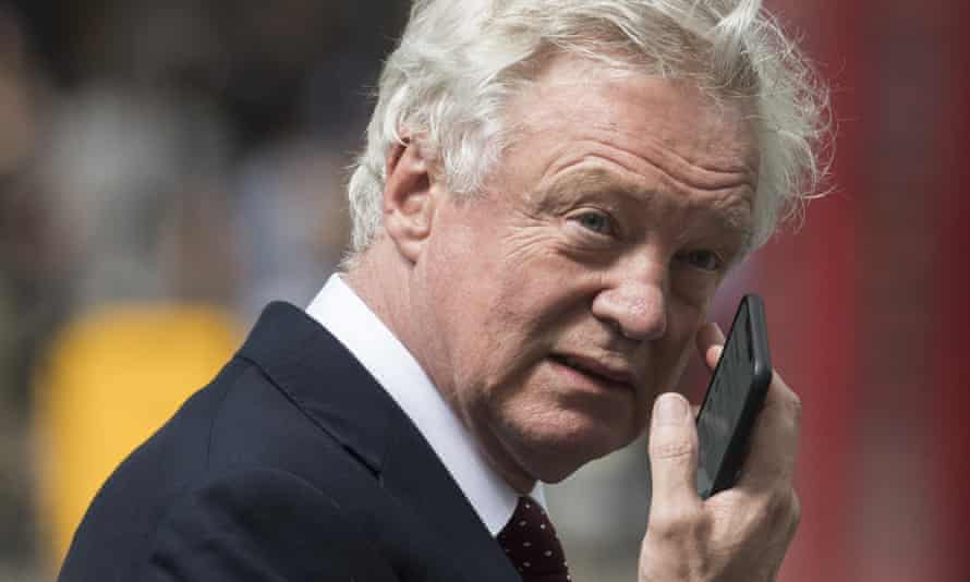 David Davis was furious when a paper presented at Chequers differed from his drafts.