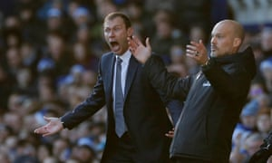 Freddie Ljungberg and Duncan Ferguson are both animated on the touchline.