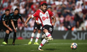 Charlie Austin scores the late penalty to snatch victory after West Ham had fought back from 2-0 down.