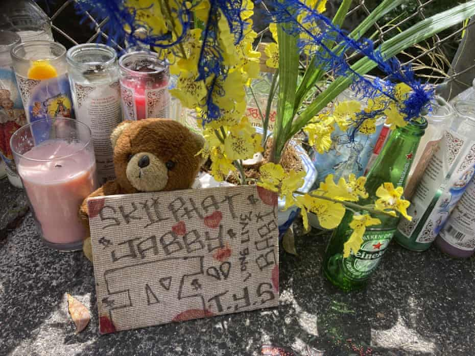 A makeshift memorial where Honolulu police shot and killed 16-year-old Iremamber Sykap.