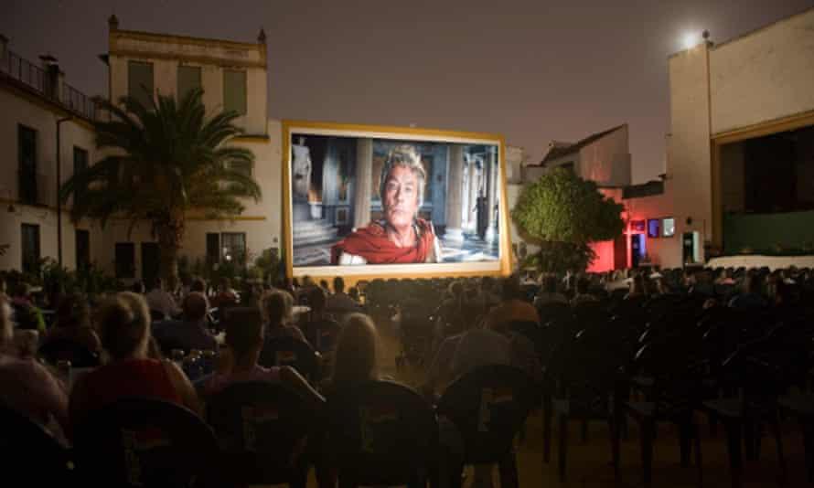 Coliseo San Andrés open-air cinema