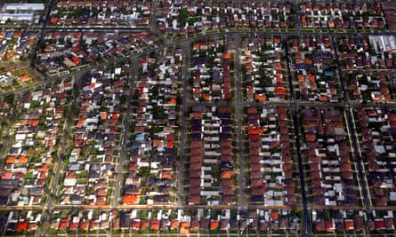 Australia's banks are offering homeowners under financial stress from Covid-19 an extra four-month pause on mortgage repayments.