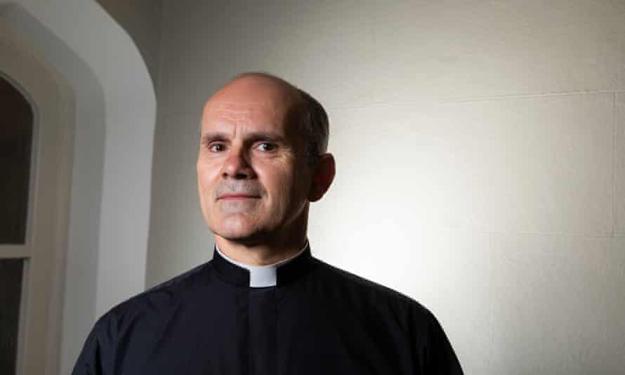 Reverend Andrew Foreshew-Cain in Chapel En-Le-Frith