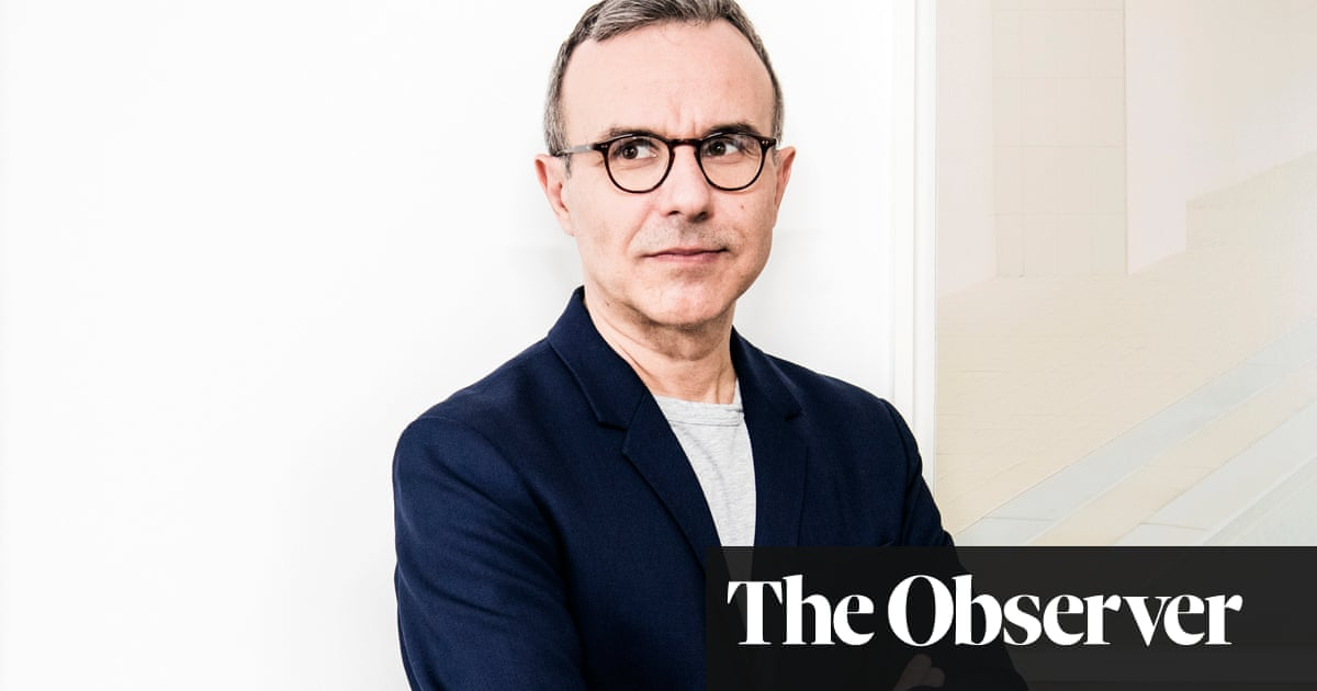 Philippe Besson: 'I told Macron he had zero chance of becoming president'