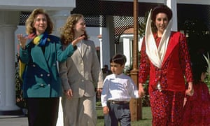 Hillary and Chelsea Clinton with Benazir Bhutto and her children Bilawal and Bakhtawari
