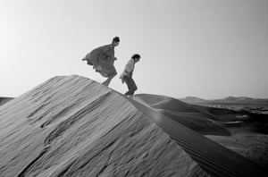 1982, Abu Dhabi. Christo and Jeanne-Claude looking for a possible site for The Mastaba, a project for the United Arab Emirates.