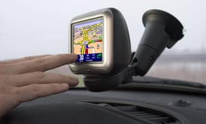 Scientists have revealed exactly what happens in the brain when people switch from using traditional maps to satnav.