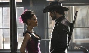 Thandie Newton and Rodrigo Santoro in Westworld