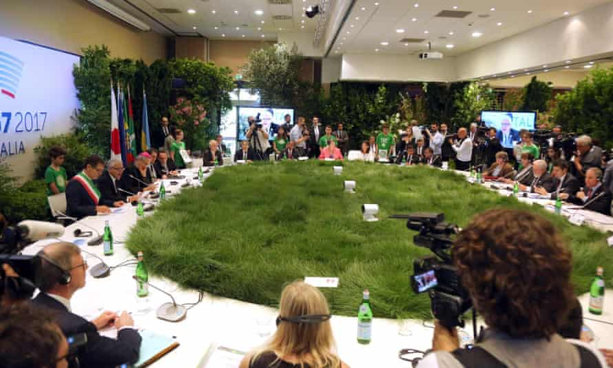 The G7 round table in Bologna where environment ministers met to discuss the 2015 Paris accord.