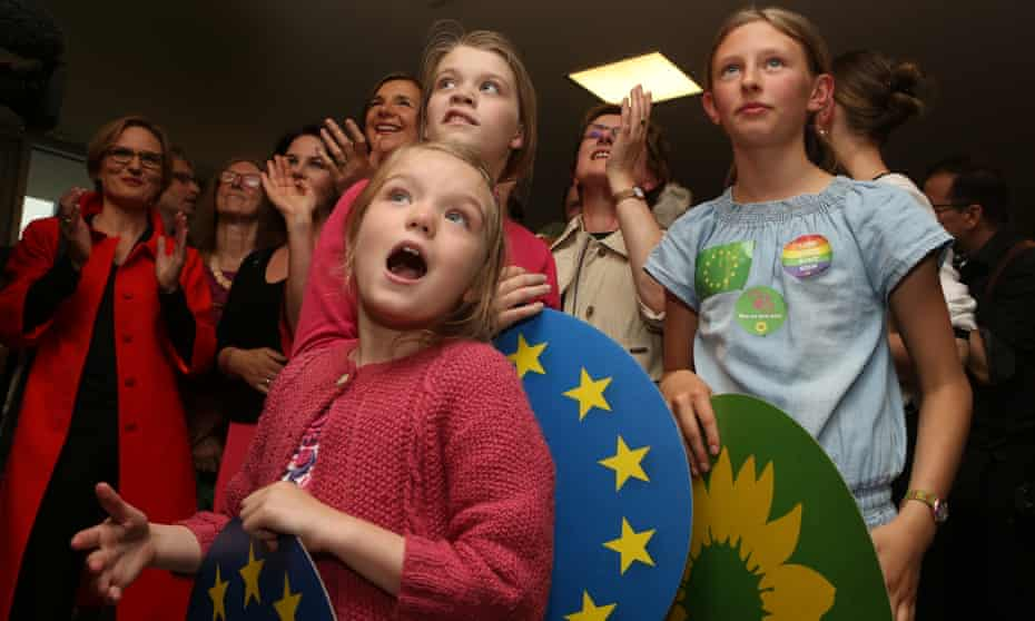 Young supporters of the European Greens