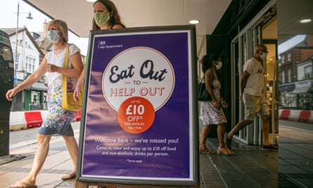 Shoppers in Wimbledon being encourage to back the  eat out to help out scheme.