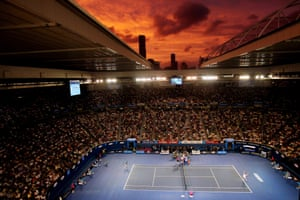 Melbourne, Australia: Britain's Andy Murray and Roger Federer contest the final of the Australian open at Melbourne Park, 31 January 2010.<br>