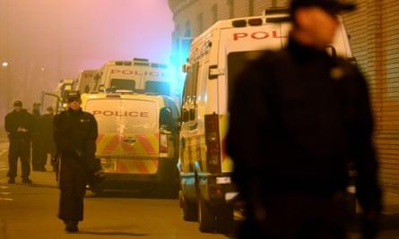Riot police outside HMP Birmingham in 2016.